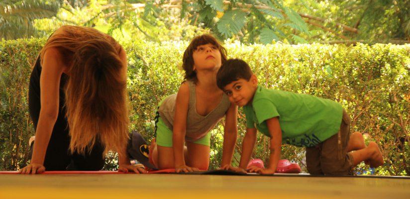 Yoga no Parque com crianças e famílias