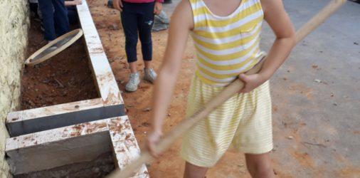 Projeto Jardinagem: escola fica mais verde